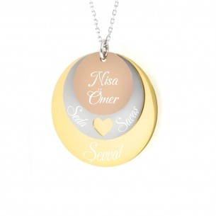 Annelere Özel İsimli Üçlü Madalyon Kalpli Gümüş Kolye