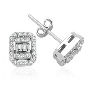 0.40 Ct Baguette Diamond...